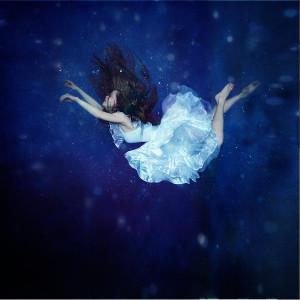 falling-into-dream-anka-zhuravleva